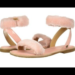 NWT UGG fuzzy puffy FLUFF SPRINGS flat sandal Flat